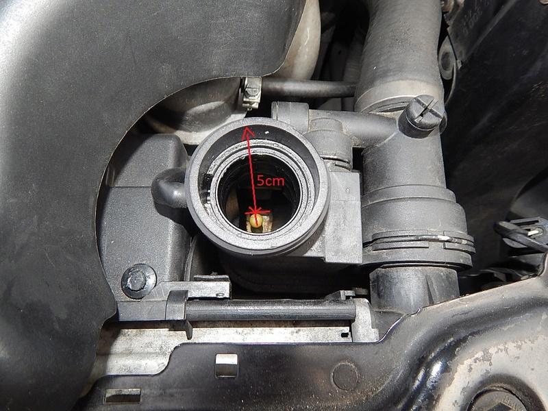 [ BMW E46 320d M47 an 1998 ] Perte ou consommation de LDR - Page 2 0111