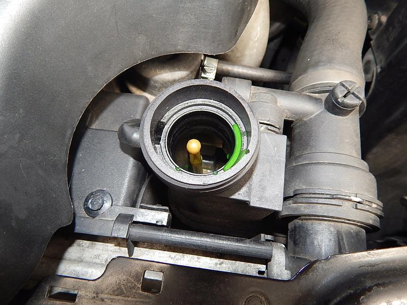 [ BMW E46 320d M47 an 1998 ] Perte ou consommation de LDR - Page 2 Dscn5311