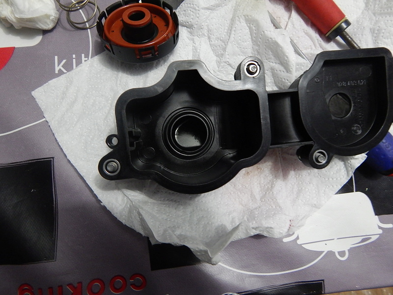 [ BMW E46 320d M47 an 1998 ] Monter un récupérateur d'huile (résolu) Dscn5613