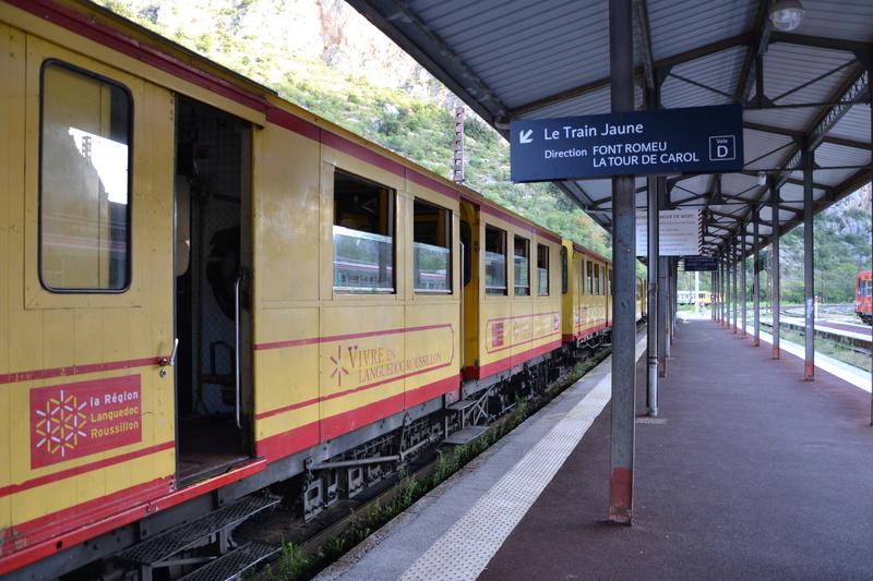 le petit train jaune  Dsc_1042