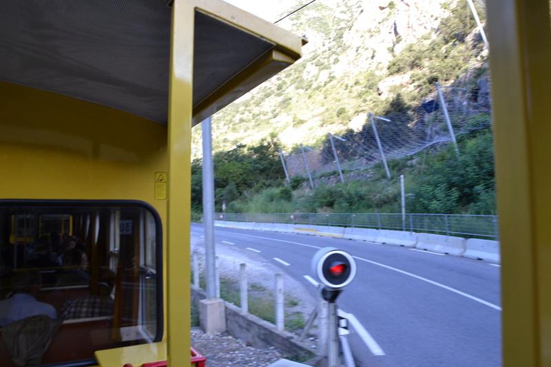 le petit train jaune  Dsc_1083