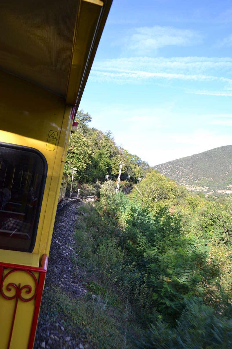 le petit train jaune  Dsc_1198
