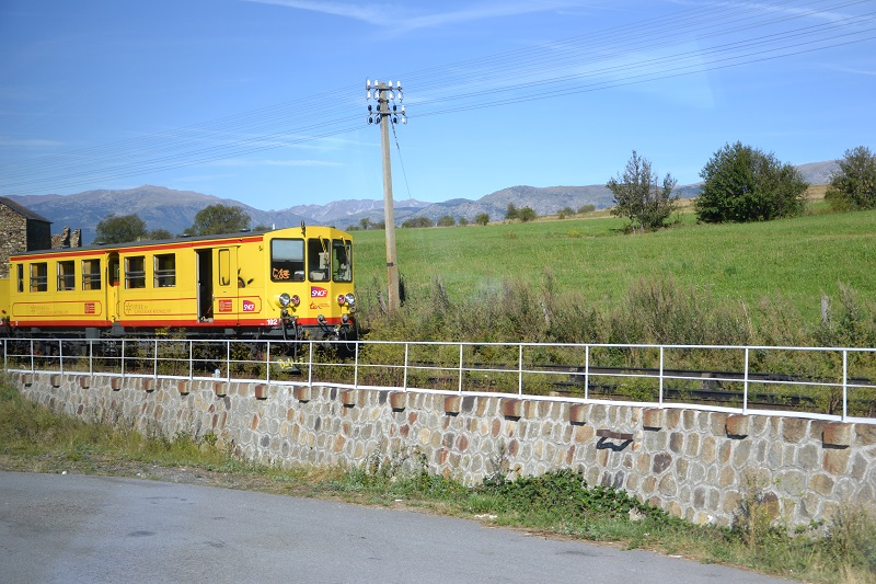le petit train jaune  Dsc_1771