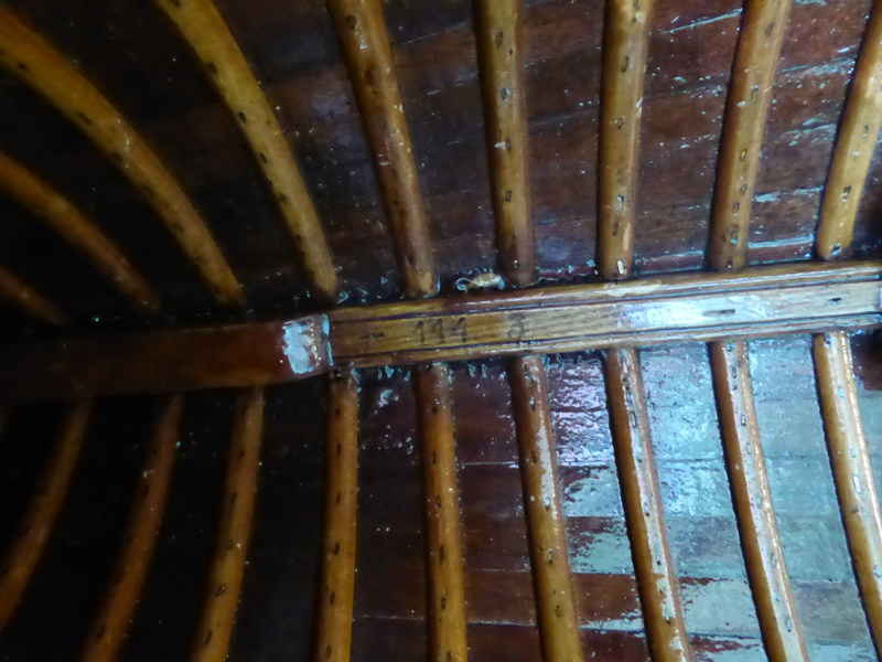 Rénovation canoë acajou PIERRE DELMEZ - Page 2 Forum_26