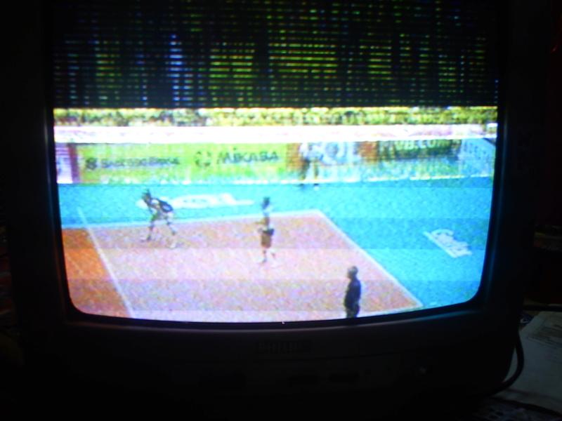 Tv PHILIPS 14PT3336/78 COM LINHAS DE RETRAÇO NA PARTE DE CIMA DA TELA Pict4414