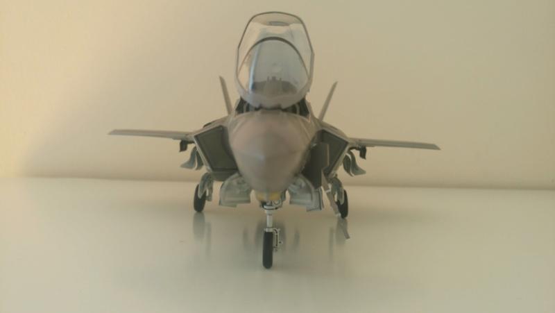 F-35B KITTY HAWK 1/48 - Σελίδα 2 Dsc_0110