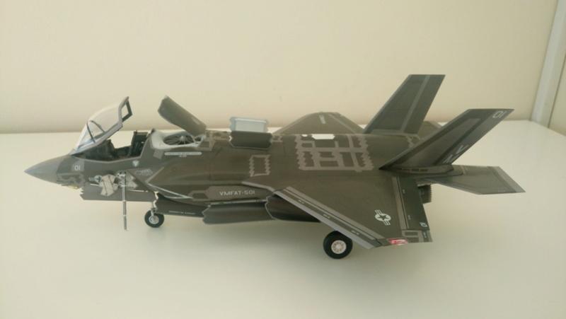 F-35B KITTY HAWK 1/48 - Σελίδα 2 Dsc_0111