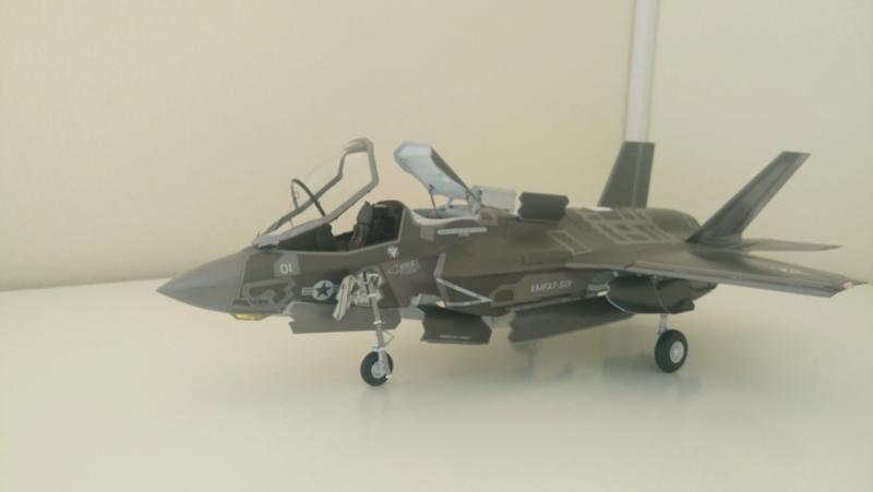 F-35B KITTY HAWK 1/48 - Σελίδα 2 Dsc_0113