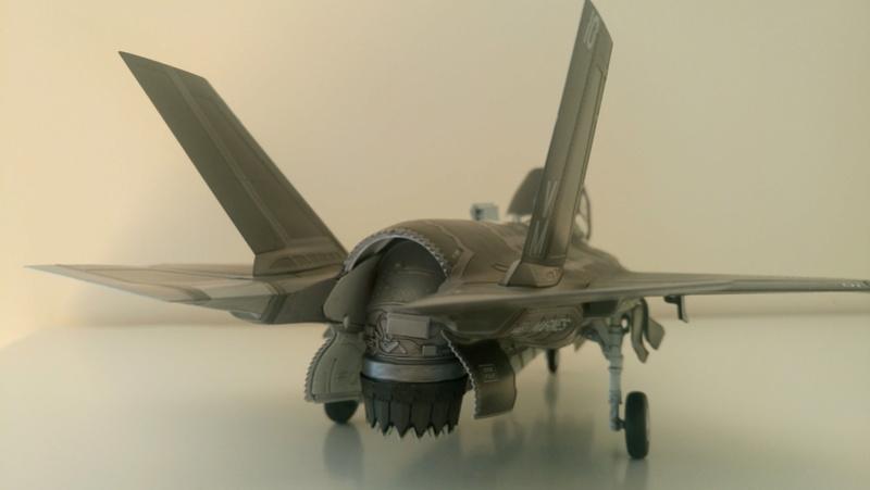 F-35B KITTY HAWK 1/48 - Σελίδα 2 Dsc_0210
