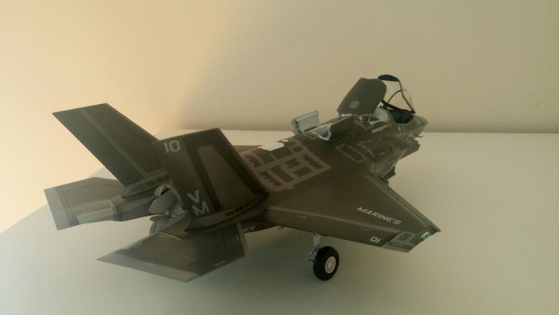 F-35B KITTY HAWK 1/48 - Σελίδα 2 Dsc_0211