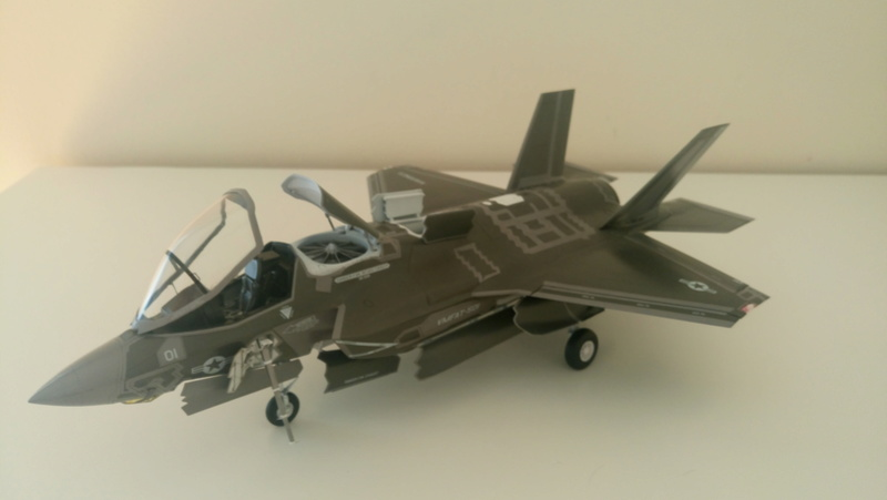 F-35B KITTY HAWK 1/48 - Σελίδα 2 Dsc_0214
