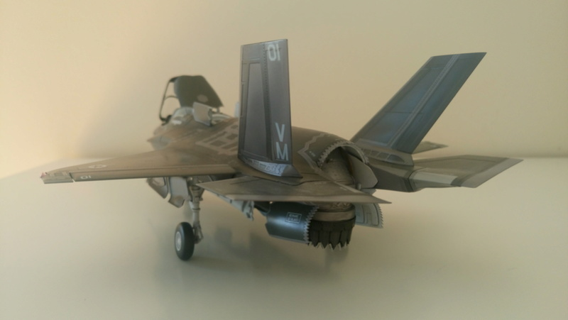 F-35B KITTY HAWK 1/48 - Σελίδα 2 Dsc_0216