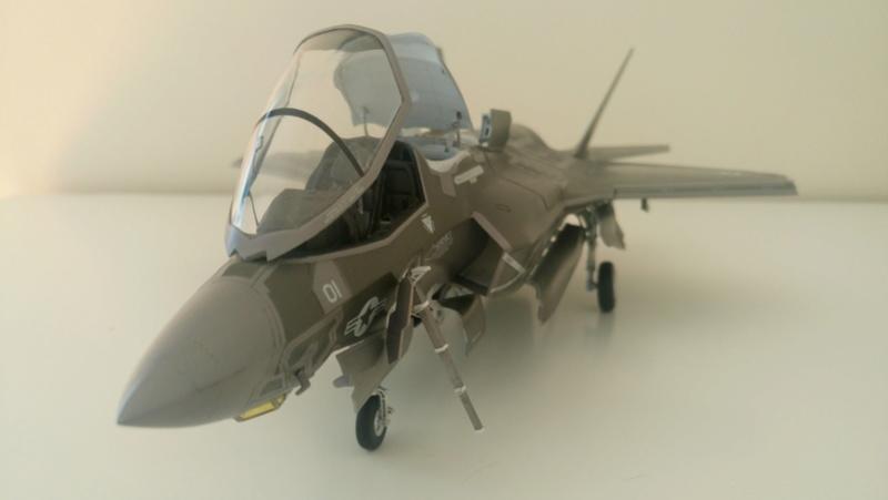 F-35B KITTY HAWK 1/48 - Σελίδα 2 Dsc_0226