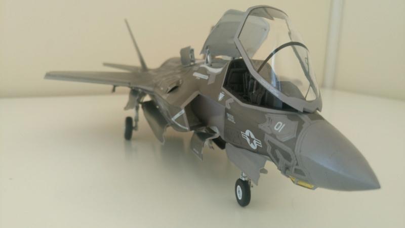 F-35B KITTY HAWK 1/48 - Σελίδα 2 Dsc_0227