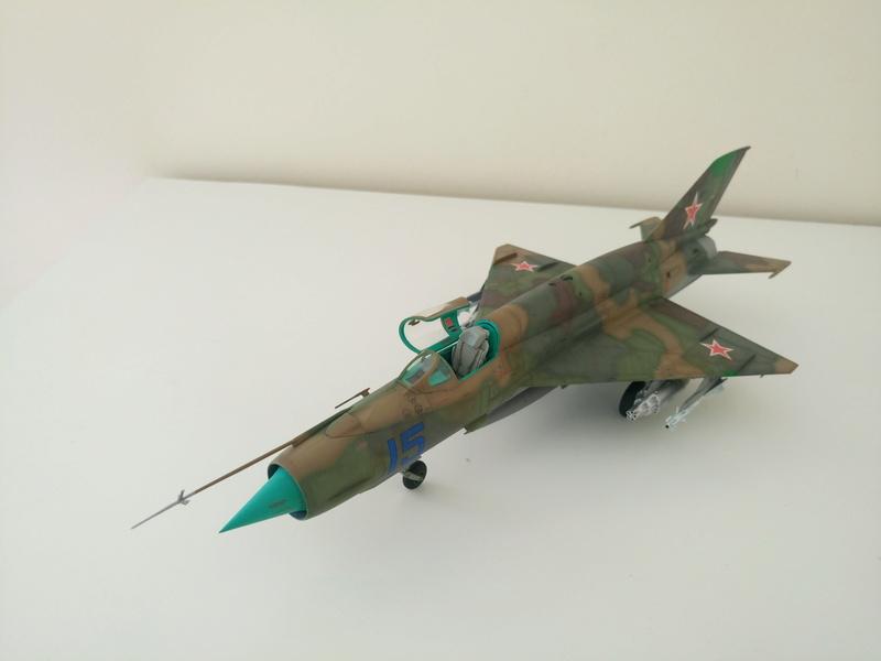 ΜiG-21 SMT 1/48 EDUARD Dsc_0414