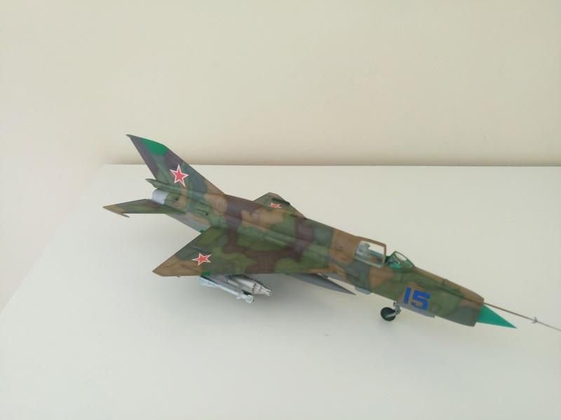 ΜiG-21 SMT 1/48 EDUARD Dsc_0416