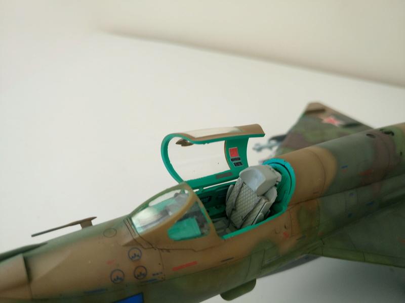 ΜiG-21 SMT 1/48 EDUARD Dsc_0421