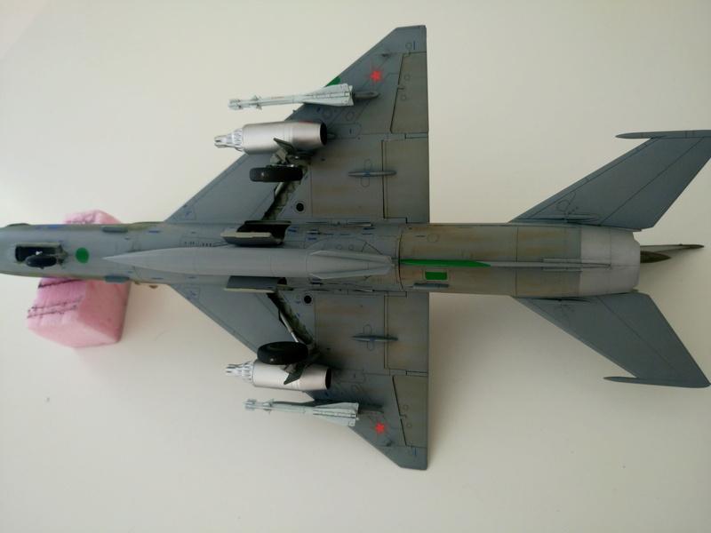 ΜiG-21 SMT 1/48 EDUARD Dsc_0425