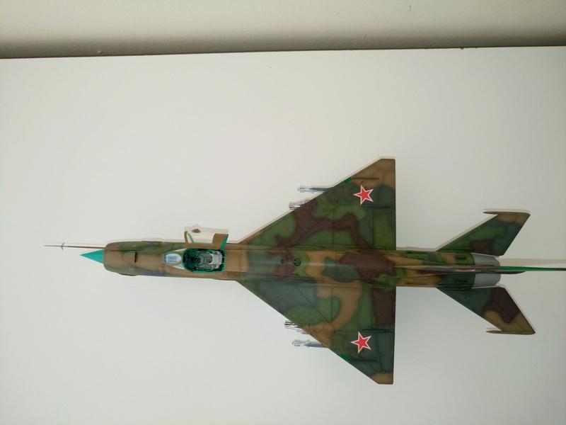 ΜiG-21 SMT 1/48 EDUARD Dsc_0510