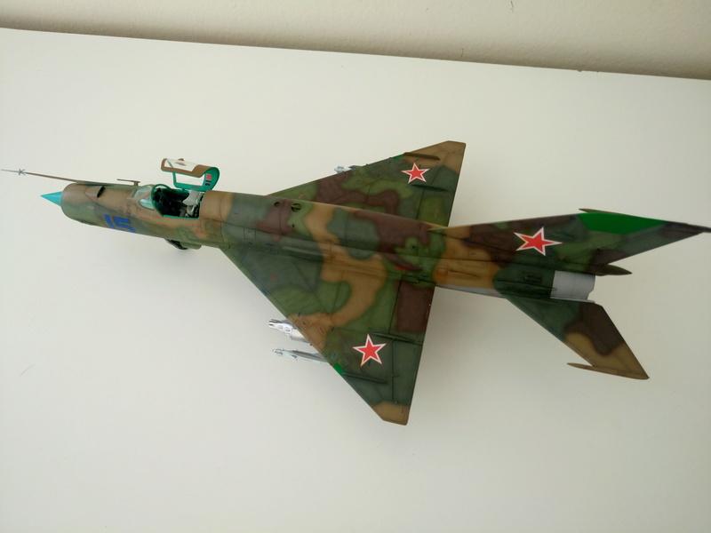 ΜiG-21 SMT 1/48 EDUARD Dsc_0511