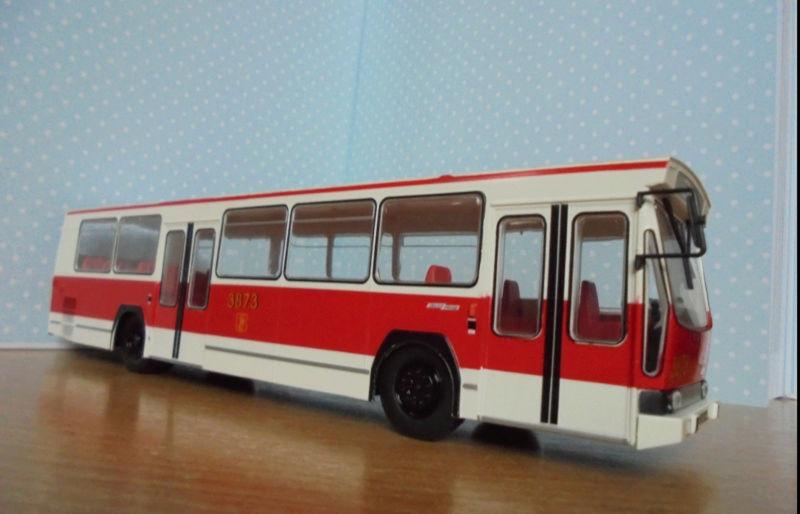 Les cars et bus miniatures Berlie10