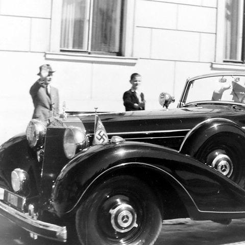 Les voitures du Reich : 770 w150 Off. Tourenwagen Goebbels à plaque IA-111 Goebbe10
