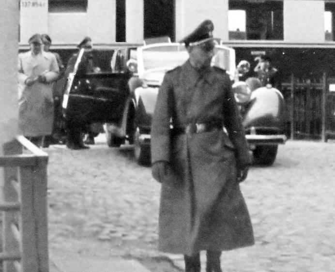 La 770 w150  Cabriolet D d'Hermann Göring à plaque IA-125521 Gyring10