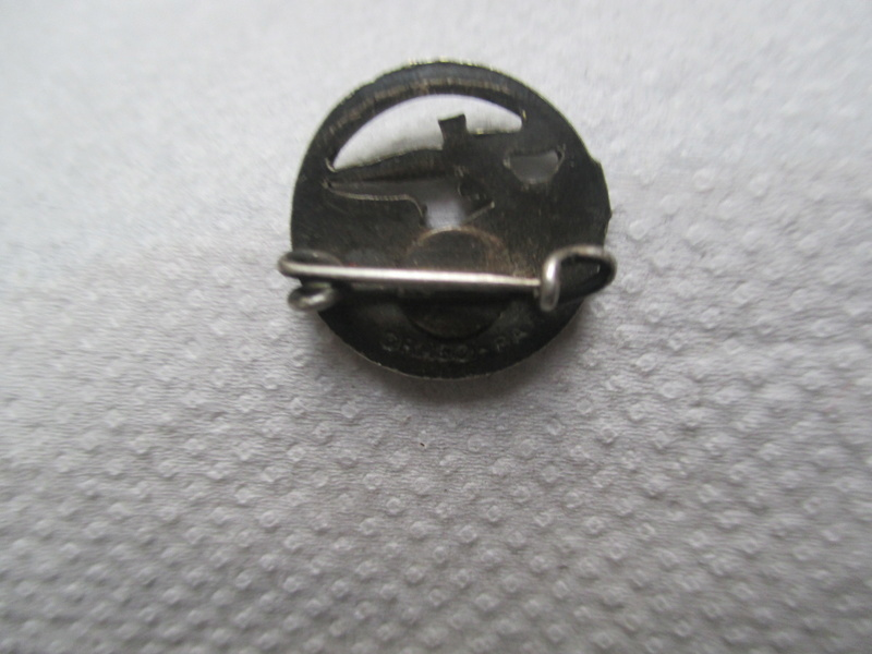 encoches sur insigne beret para Img_0752