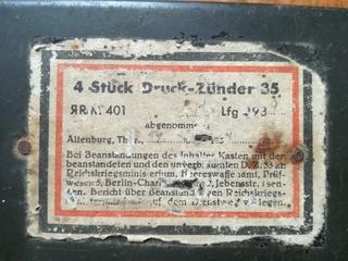 Boite allemande avec étiquette et marquage pour ? Img_2029