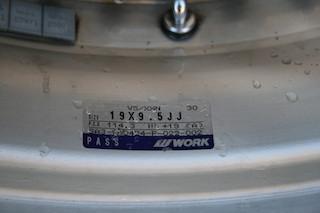 19 inch Work VS-XX, powder-coated grey, 5x114.3, 19x9.5 +19 front / 19x10.5 +17 rear Img_8628
