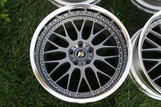 19 inch Work VS-XX, powder-coated grey, 5x114.3, 19x9.5 +19 front / 19x10.5 +17 rear Img_8629