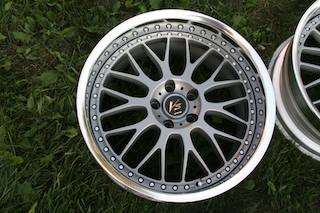 19 inch Work VS-XX, powder-coated grey, 5x114.3, 19x9.5 +19 front / 19x10.5 +17 rear Img_8630