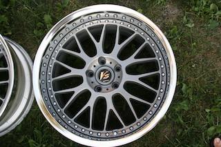 19 inch Work VS-XX, powder-coated grey, 5x114.3, 19x9.5 +19 front / 19x10.5 +17 rear Img_8632
