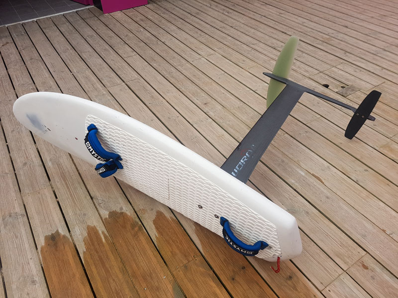 Vends Foil Taaroa Sword 2 1100€ + Board 200€ 20170816