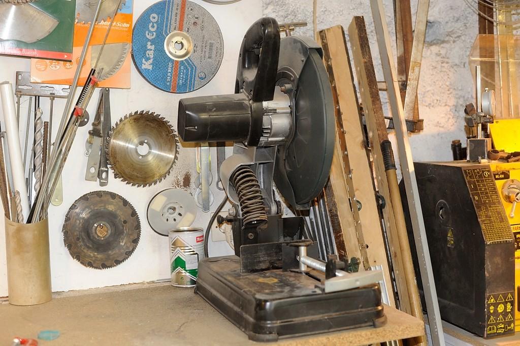 Couper l'acier avec une scie radiale Metabo Dsc_4010