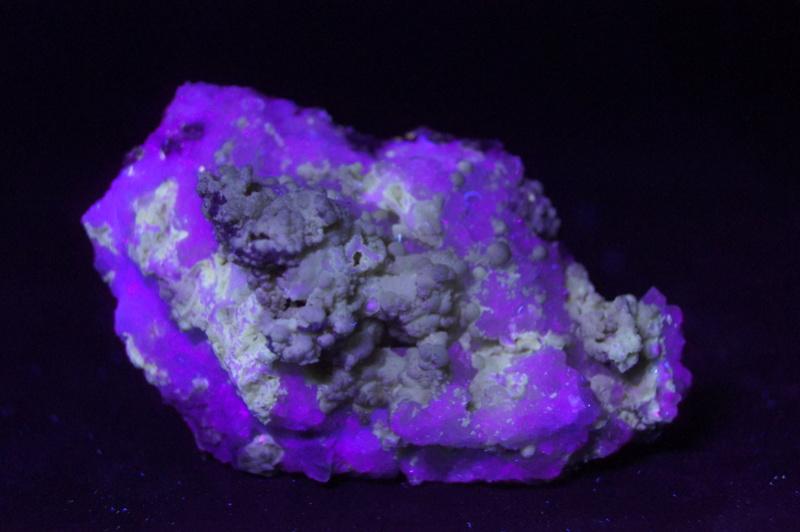 Colección de Minerales Fluorescentes - Página 4 _dsc8111