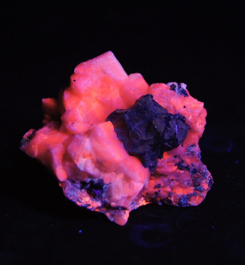 Colección de Minerales Fluorescentes - Página 4 Fulls106