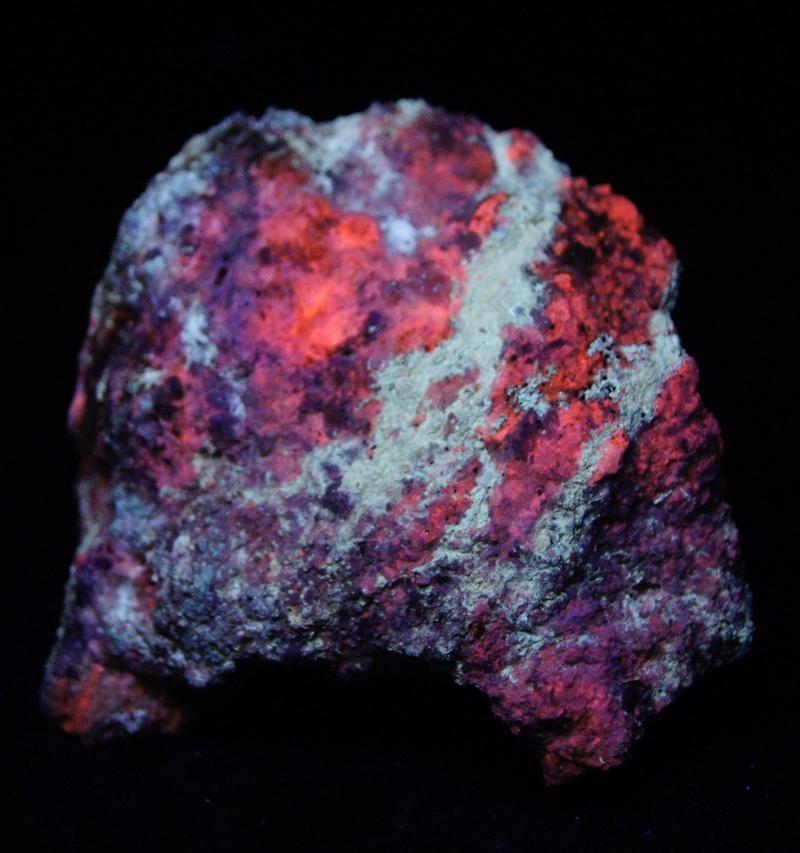 Colección de Minerales Fluorescentes - Página 4 Fulls109