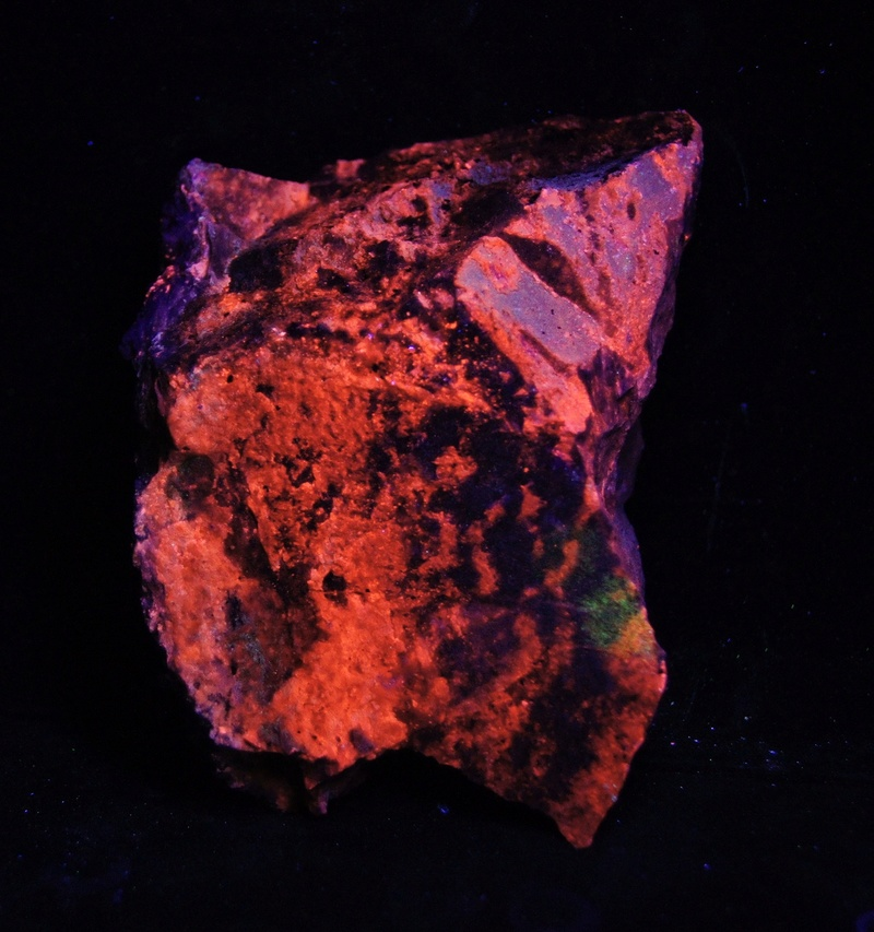 Colección de Minerales Fluorescentes - Página 4 Fulls110