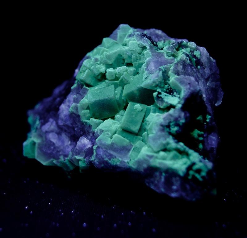 Colección de Minerales Fluorescentes - Página 4 Fullsi18
