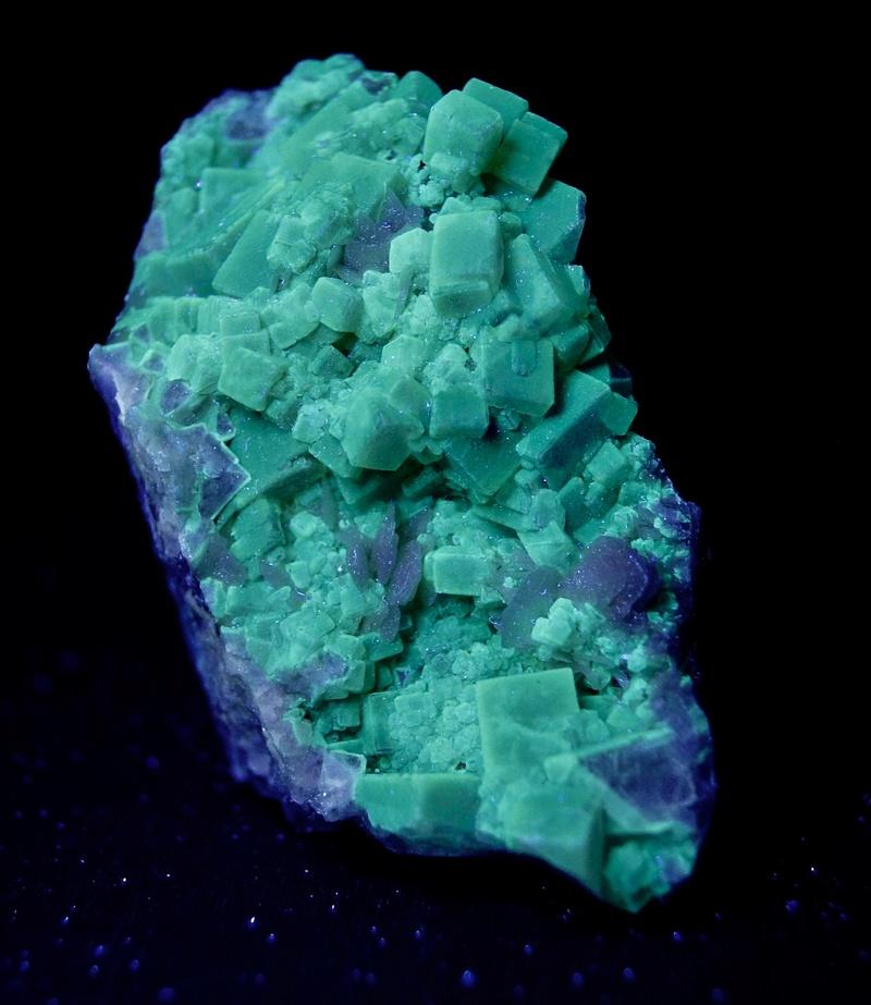 Colección de Minerales Fluorescentes - Página 4 Fullsi19