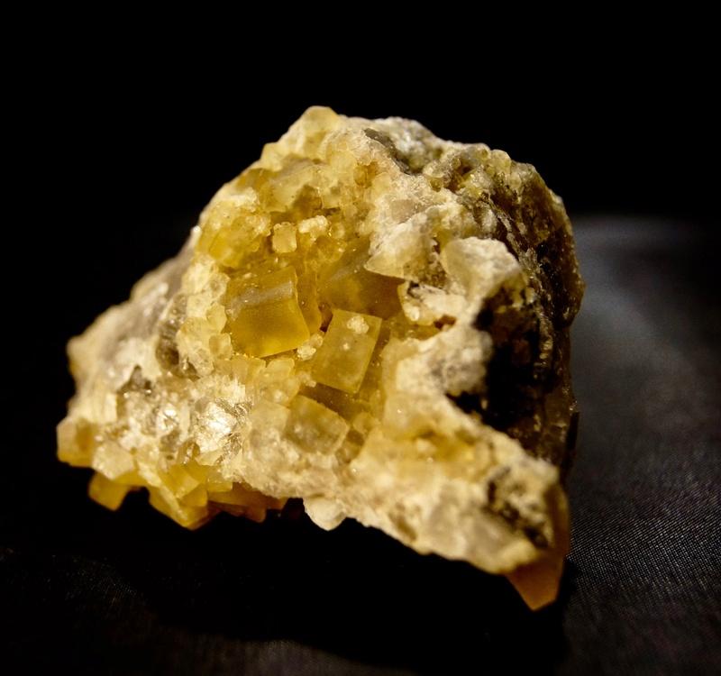 Colección de Minerales Fluorescentes - Página 4 Fullsi20