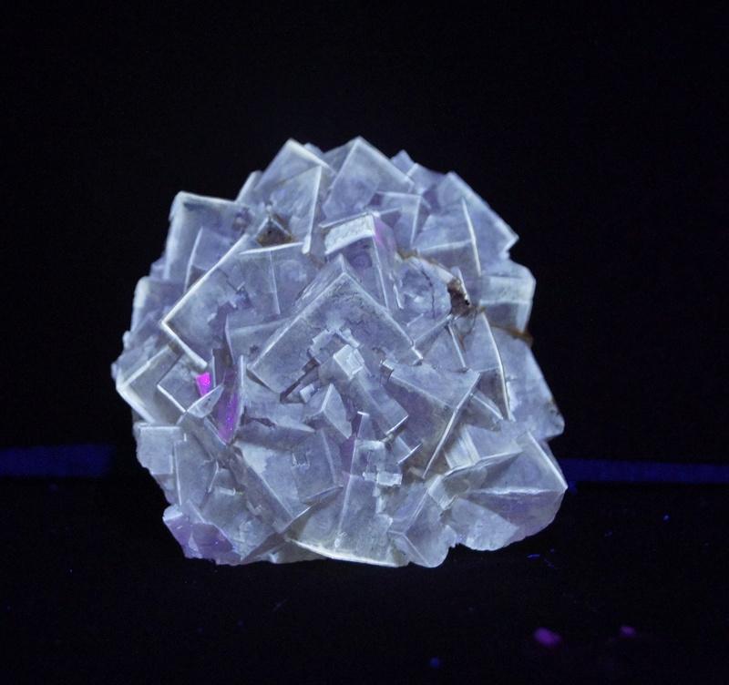 Colección de Minerales Fluorescentes - Página 4 Fullsi35