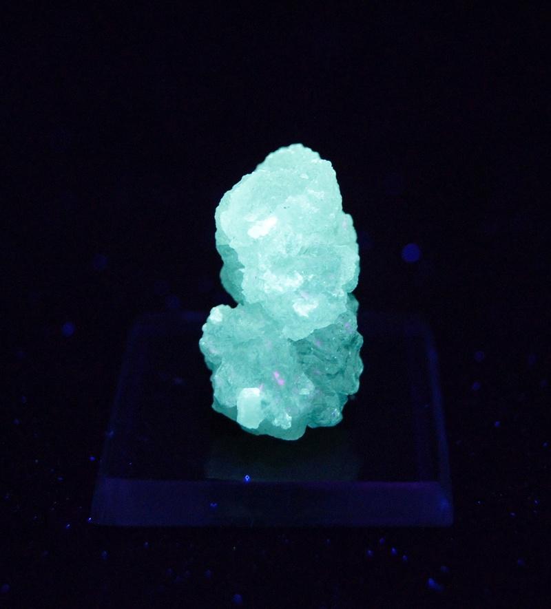 Fotos de minerales fluorescentes Fullsi61