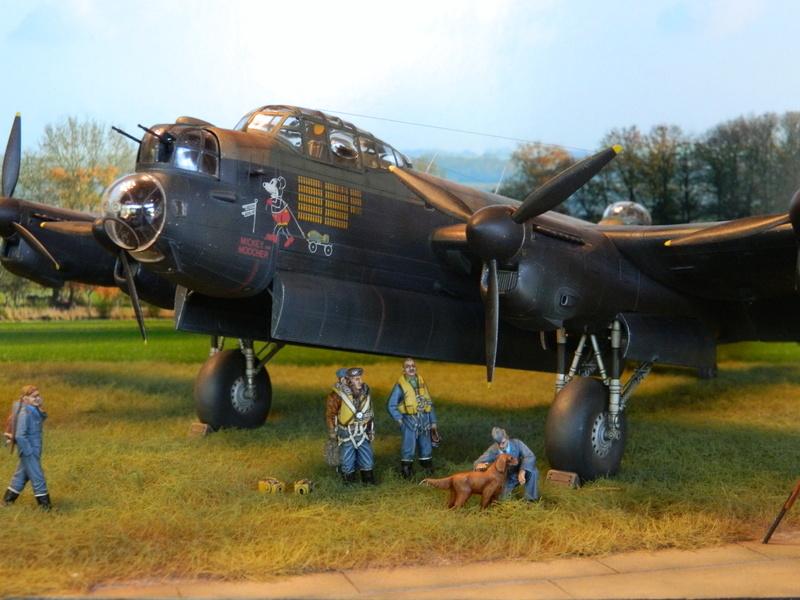 Avro Lancaster Mk.III - Tamiya 1/48 - Par fombec6 - Fini. - Page 8 37610