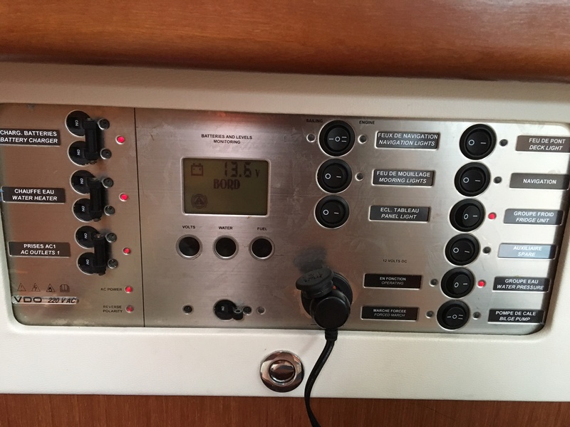 Anomalie Circuit 220v Img_3110
