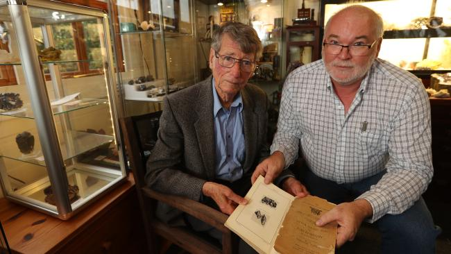 News story: Stolen Gold [crystal] path from Australia to Beirut Sacey_10