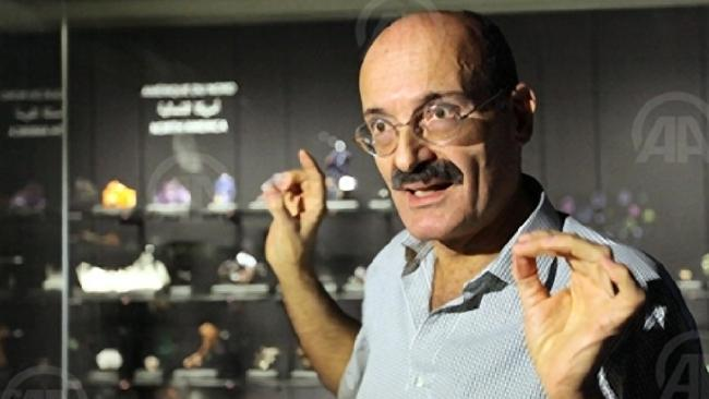 News story: Stolen Gold [crystal] path from Australia to Beirut Salim10