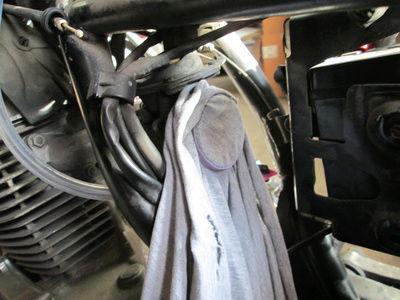 Crónica nigromántica: resurrección de una Honda CB250 de 1999 Camise10