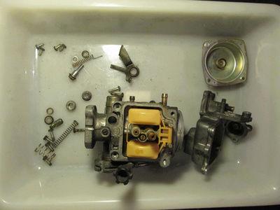 Crónica nigromántica: resurrección de una Honda CB250 de 1999 Carbur10